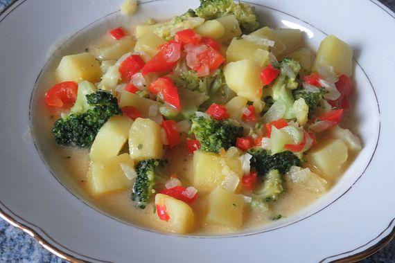Kartoffel-Brokkoli-Eintopf