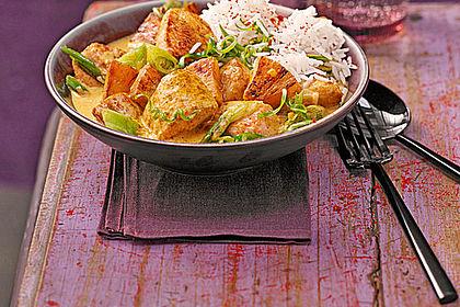 Rezeptbild zum Rezept Hähnchen-Ananas-Curry mit Reis