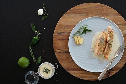 Rezeptbild zum Rezept Lachs mit Limettensoße