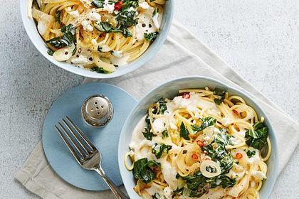 Rezeptbild zum Rezept Spaghetti mit Mangold - Fetacreme