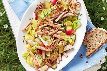 Rezeptbild zum Rezept Biergarten-Salat mit Fleischkäse