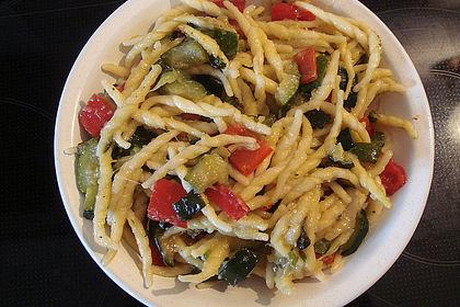 Sommergerichte Zucchini : Zucchini mit nudeln von skylight76 chefkoch.de