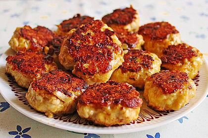 Rezeptbild zum Rezept Käsefrikadellen mit Putenhackfleisch