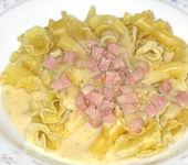 Käse - Schinken - Sauce zu Nudeln