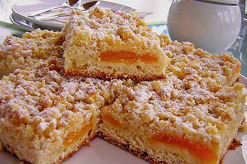 Aprikosenstreuselkuchen vom Blech