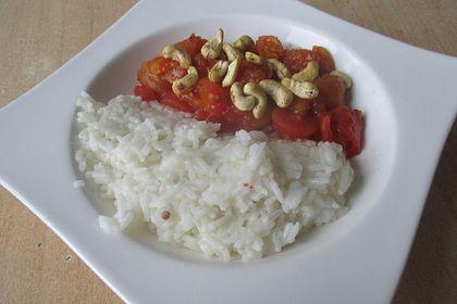 Rezeptbild zum Rezept Aprikosen - Tomaten - Ragout mit scharfem Gewürzreis