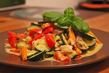 Rezeptbild zum Rezept Hähnchen-Gemüse-Pfanne