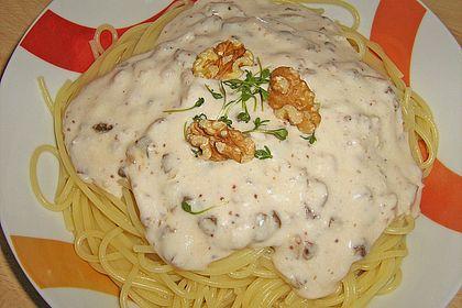 Rezeptbild zum Rezept Spaghetti mit Walnusscreme