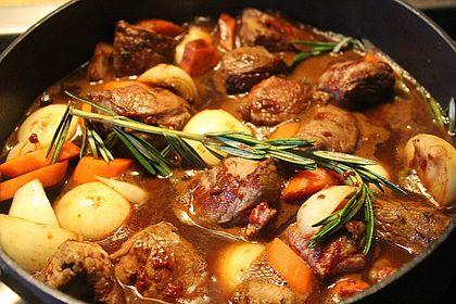 Rezeptbild zum Rezept Ragout vom Rind mit Balsamicosauce