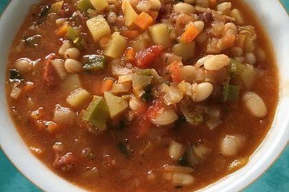 Rezeptbild zum Rezept Serbische Bohnensuppe