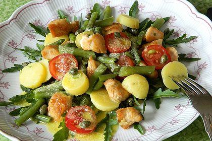 Rezeptbild zum Rezept Hähnchenfilet mit Kartoffel-Bohnen-Salat