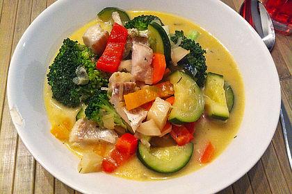 Rezeptbild zum Rezept Fisch-Gemüse-Pfanne mit Kokosmilch, Low carb
