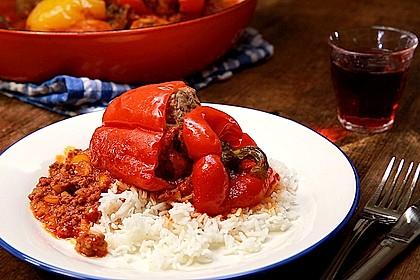 Rezeptbild zum Rezept Gefüllte Paprika nach Uroma Susanne