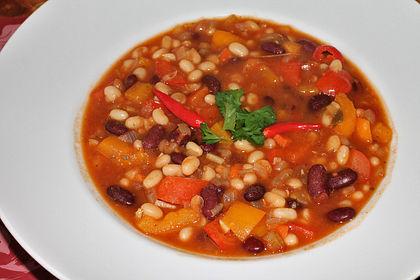 Rezeptbild zum Rezept Feuriger vegetarischer Bohneneintopf