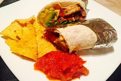 Rezeptbild zum Rezept Burrito mit Hähnchen und Tomate