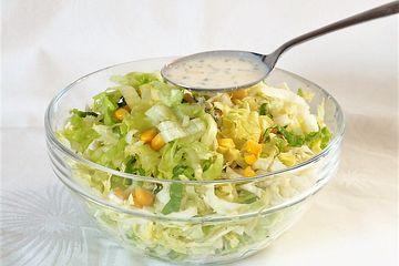 Einfaches Salatdressing ohne Öl