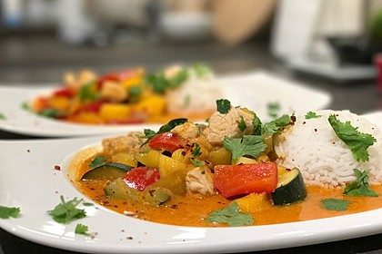 Rezeptbild zum Rezept Curry mit Huhn, Mango und Gemüse