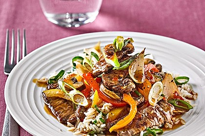 Rezeptbild zum Rezept Geschnetzeltes mit Sweet-Paprika, Champignons und Möhre
