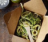 Linguine mit Grünkohl-Pesto