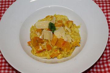 Cremiges Kürbis-Risotto mit Cashew-Parmesan