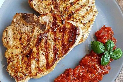 Rezeptbild zum Rezept Koteletts mit Tomatensalsa