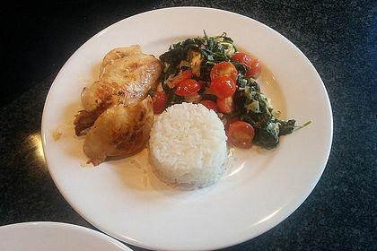 Rezeptbild zum Rezept Hähnchen mit Spinat-Schafkäse-Gemüse