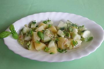 Ingwer-Kartoffelsalat mit Gurke