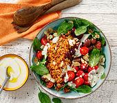 Griechischer Reissalat mit gerösteten Mandeln