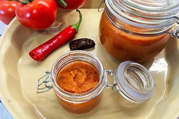 Tomatenketchup mit Datteln