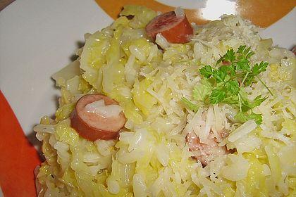 Rezeptbild zum Rezept Wirsing-Risotto mit Würstchen und Parmesan