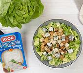 Caesar Salat mit Hähnchen und Gorgonzola