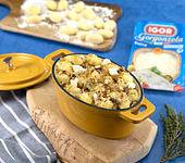 Überbackene Gnocchi mit Gorgonzola und gehackten Walnüssen