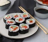 Easy peasy Sushi mit graved Wildlachs