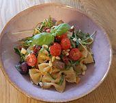 Italienischer Scamorza-Nudelsalat