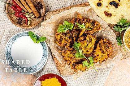 Rezeptbild zum Rezept Zwiebel Bhajis - Indische Zwiebel-Bratlinge