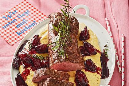 Rezeptbild zum Rezept Rinderfilet auf Rotweinschalotten-Butter
