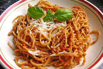 Rezeptbild zum Rezept Spaghetti mit Tomaten-Pesto