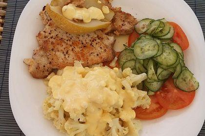 Rezeptbild zum Rezept Festtagsschmaus mit Blumenkohl, Gurkensalat und einem Steak