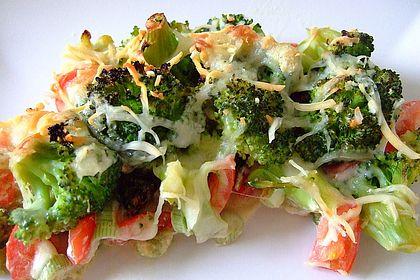 Rezeptbild zum Rezept Überbackener Brokkoli mit Tomaten