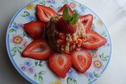 Rezeptbild zum Rezept Erdbeer-Rhabarber-Bulgur